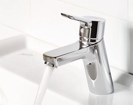 Готовый сет 3в1: смеситель для раковины, для ванны и душевой гарнитур PURE&EASY, Kludi