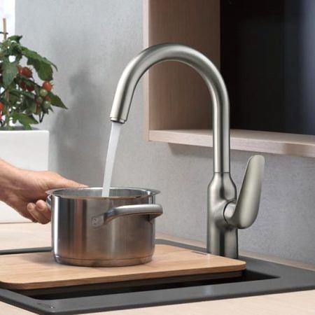 Смеситель для кухни с поворотным изливом, хром, Focus, Hansgrohe